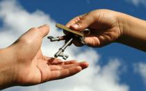 Что входит в коммунальные услуги при аренде квартиры — правовые нюансы